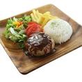 お弁当の他にも、ステーキやアラカルトのテイクアウトも可能です♪