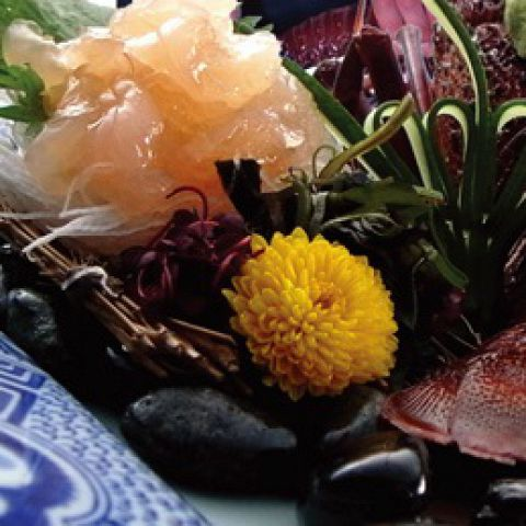 【プレミアムAコース】伊勢海老の活造り 伊勢海老季節の焼き物など全10品