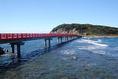 【雄島の風景1】雄島(おしま)は、福井県坂井市三国町安島にある島。島へは安島漁港から雄島橋が架かっており、徒歩または自転車でアクセス可能。橋の手前に駐車場がある。
