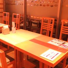 広々としたお席はご家族でごゆっくりお食事が楽しめます♪