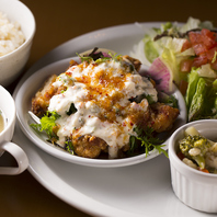 ◆サラダ・スープ・二品・ライス付!ディナープレート◆