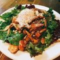 料理メニュー写真色々キノコの秋サラダ