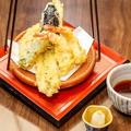 料理メニュー写真季節の野菜の天ぷら