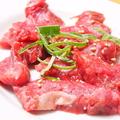 料理メニュー写真牛ハラミ(角焼/スライス たれ・塩)