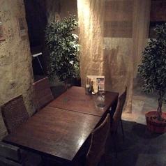 パーテーションで仕切られた半個室風のお席は女子会や誕生日会に最適♪