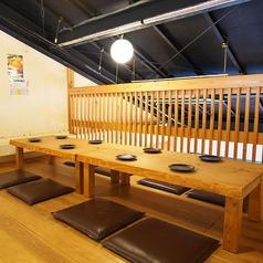 2階ロフトは8名から15名までの貸切個室にする事も可能です!