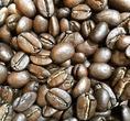 2日前の焙煎。【ルワンダ ドメーヌアバトゥンジ】焙煎度:中深煎り(シティロースト)、焙煎評価:苦みなし、甘味と酸味のバランスが良く酸味が苦手な人でも飲みやすい。総合◎