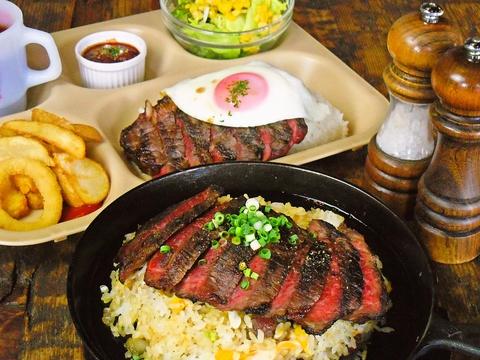 値段、ボリュームともに大満足の内容。脂身の少ない上質な赤身の肉は驚きの旨さ!