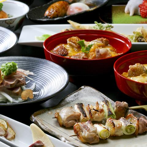 名物「比内地鶏の親子丼」とこだわりの串焼きやタタキ