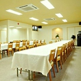テーブル席のご宴会場も完備。会食などにどうぞ