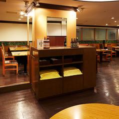 レストランを貸切可能です。同窓会や結婚式の二次会など、プライベート感のあるお集まりをご希望の方に♪40名様以上・1名あたり7000円より承ります。