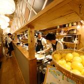 天ぷら酒場 KITSUNE 黒川駅前店の雰囲気3