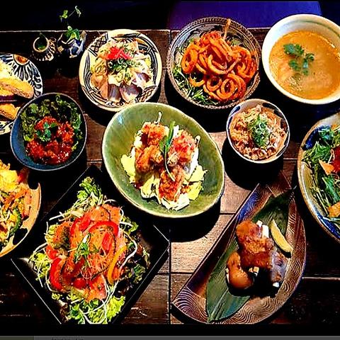 出町柳で人気の本格派沖縄居酒屋☆泡盛も常に10種類以上の品揃え!