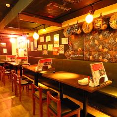 大衆バカ盛り酒場 フジヤマ 下北沢総本店の雰囲気2