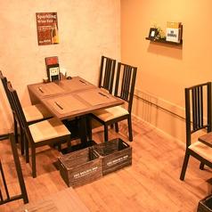 大人数のパーティーにもおすすめ。最大10人までお楽しみいただけます。洗練された空間でお食事をお楽しみください。(貸切要相談)