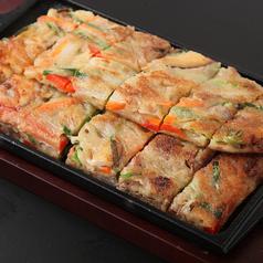料理メニュー写真プルコギチヂミ/牡蠣きのこチヂミ