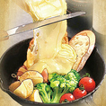 とろけるチーズがたまらない!スイスの郷土料理としても有名な絶品チーズ料理ラクレットチーズ♪
