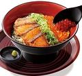 料理メニュー写真≪居酒屋和民のおすすめ≫サーモンステーキとイクラの秋色親子丼