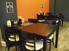 宴会向きの席【広々なテーブル席もございます.】