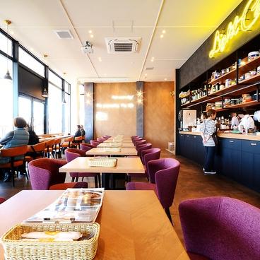 ライトカフェ Light Cafe Riverside Garden 東岡崎店の雰囲気1
