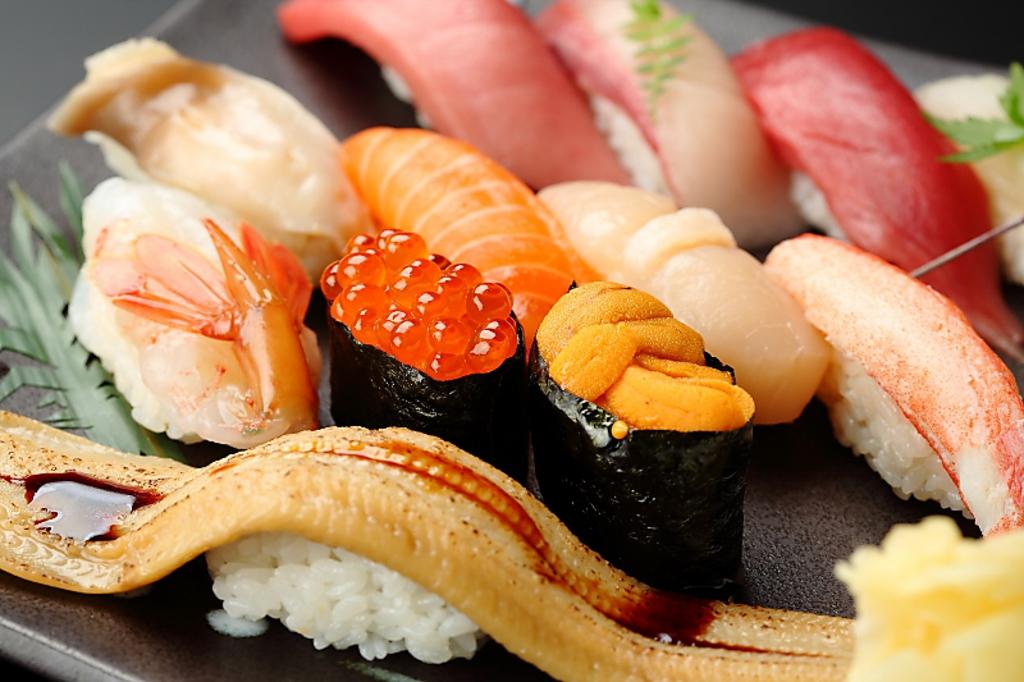 魚屋が経営しているから自信を持ってオススメできる魚介類 寿司には自信があります