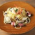 料理メニュー写真魚介たっぷりのアーリオオーリオ