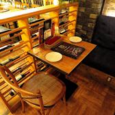 ソファー席が広がりゆったりと落ち着ける空間。可愛いインテリ雑貨もあり、映えること間違いなし!2名様から団体様でのご利用も可。[イタリアン/女子会/二次会/飲み放題/宴会/誕生日/ピザ/天文館/鹿児島]