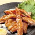 料理メニュー写真百日鶏炙りスモーク