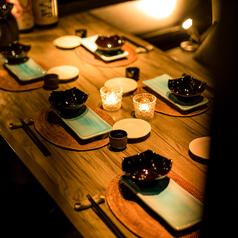 雰囲気抜群の和モダンテーブル席をご用意しております。デートや接待、宴会等幅広いシーンでご利用頂けます。