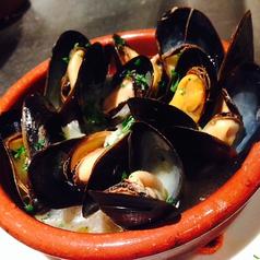料理メニュー写真ムール貝の白ワイン蒸し!