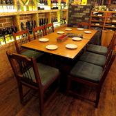広々とした4名がけのテーブル席。少人数の利用や大人数での宴会にも対応出来ます。[イタリアン/女子会/二次会/飲み放題/宴会/誕生日/ピザ/天文館/鹿児島]