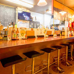 炭火 朝引き鶏 串太郎の雰囲気2