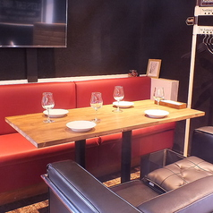 ビストロ&バージョワイユ Bistro&Bar Joyeux 明石駅前店の雰囲気1