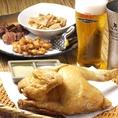 【特製!大山ひな鶏半身揚げ】【ポイント1】ふっくらジューシーな食感の大山鶏を使用。肉厚で弾力があり風味豊かな銘柄鶏です。【ポイント2】油は〈太白胡麻油〉〈なたね油〉〈鶏油〉をオリジナルブレンドし、カラッと軽い風味に仕上げます。【ポイント3】.しょうが塩で香りを加えて味を引き出します♪