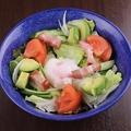 料理メニュー写真てっぱんサラダ