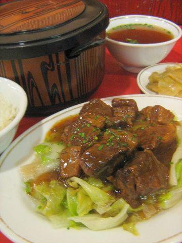 上海料理をお召し上がりください。