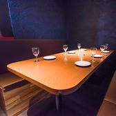 上質な雰囲気の完全個室席。お洒落で落着きのある快適な店内でどなたでも安心してお食事をお楽しみいただけます♪女子会や飲み会などに◎