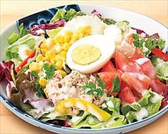 料理メニュー写真ツナコーンポテトサラダ