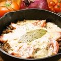 料理メニュー写真大人気♪まるごと焼きカマンベールチーズ