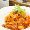 料理メニュー写真魚介のピリ辛トマトソースパスタ