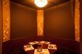 丸テーブル掘りごたつ個室:女性グループや男女の飲み会などに人気のお席。