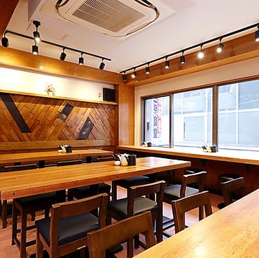 とんかつ 串揚げ サクッと三是 三是食堂の雰囲気1