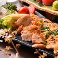 料理メニュー写真薩摩地鶏たたき焼き