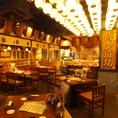 渋谷駅から徒歩1分の当店。4名~20名様対応の半個室がございますので、ゆったりと会話やお食事を楽しめます。宴会最大120名様まで対応、35名様以上で貸切OKですので、大人数での貸切宴会にも最適!ランチタイムも営業してますので、ランチや昼飲みにもどうぞ♪是非、博多道場 渋谷新南口店へご来店ください!