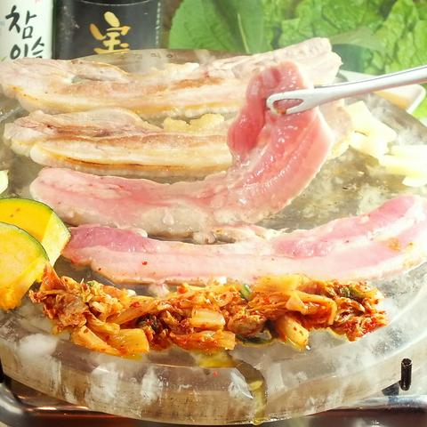 一度は食べて頂きたい本場韓国宮廷料理をリーズナブルにご提供。5%OFFクーポンあり!