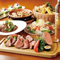 料理は全て洋食。専属シェフの作る絶品料理がずらり。