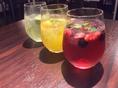 フルーツの入った酎ハイをはじめ、スパークリングワインも楽しめる、女性に嬉しいラインナップ!!