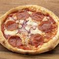 料理メニュー写真イタリアンサラミのピッツァ