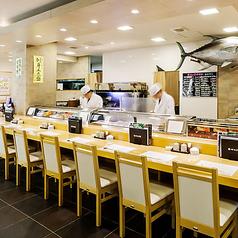 築地すし鮮 西中洲店の雰囲気1