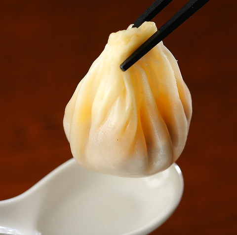 お陰様で創業55年。親子三代に受け継がれ完成された上海海鮮料理。神戸中華の真髄を。